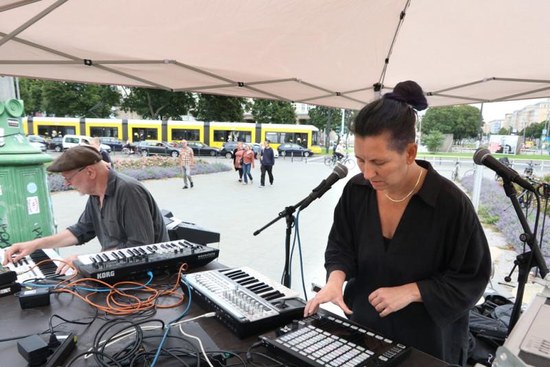 Die Berliner Combo getHIGHfiona (Biljana Pais und Guido Hieronymus)